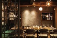 #throwback to the renovation of @thecoalshed London restaurant, using our Lithos Matt finish to create a luxe moody atmosphere in the dining room ???? . . #tbt #throwbackthursday #interiordesign #restaurantdesign #restaurantinterior #diningroom #london #londonrestaurant #coalshed #steakhouse #darkinteriors #luxuryinteriors #dining #industrialdesign #concreteeffect #atmosphere #polishedplaster #texturedplaster #decorativeplaster #surfacedesign