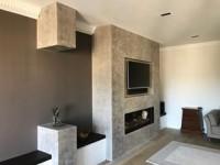 How great does this minimal living room look with panels of our London Concrete wall finish #viero #vierouk #interiordesign #luxuryinteriors #wallfinish #surfacedesign #architecture #polishedplaster #texturedwalls #chic #livingroom #greyinteriors #minimalism