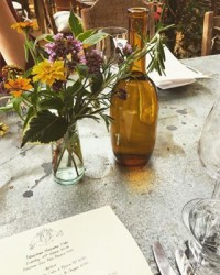 A weekend well spent visiting Richmond & @petershamnurseries. We're definitely here for those distressed tables ???????? #weekend #sundaywellspent #petersham #petershamnurseries #richmond #london #octoberheatwave #londonrestaurant #restaurantinterior #restaurantstyling #blooms #rustic #tablesetting #foodies #interiordesign #outdoorsindoors