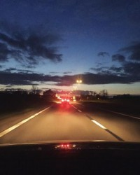 On the road to start a busy week #viero #vierouk #vieroontour #lifeontheroad #businesstravel #sunday #weekend #rainbowsky #dusk #sunset #sundaydrive