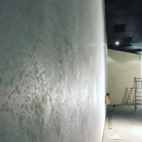 Lighting is key when considering your surface design. Our textured plasters adapt beautifully from natural daylight to artificial spotlights, creating contrast and movement at different hours of the day #viero #vierouk #texturedwalls #texturedplaster #polishedplaster #surfacedesign #architecture #interiordesign #lightanddark #concreteinteriors #inspiringinteriors #luxuryinteriors #industrial