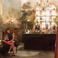 New on the blog > spotlight on @deanbarger <link in bio> check out his amazing mural at @lecoucou_nyc ???? #viero #vierouk #blog #interview #lecoucou #newyork #mural #interiordesign #restaurantinteriors #bespokedesign #luxuryinteriors
