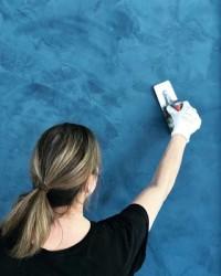 @jo_poulton_studio putting the final touches on our client's aqua blue Lithos polished plaster wall. The results are going to look stunning! . . . #plasterwalls #polishedplaster #decorativeplaster #texturedplaster #hishine #interiordesign #inspiringinteriors #interiorinspo #viero #vierouk #studioashby #blueinterior #featurewall #applicator #plasterapplicator #bespokedesign #luxuryinterior #surfacedesign #plasterfinish